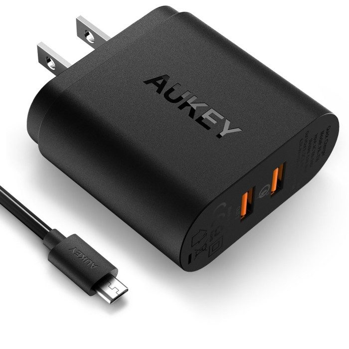 Aukey Dual Port Quick Charge 3.0 Charger