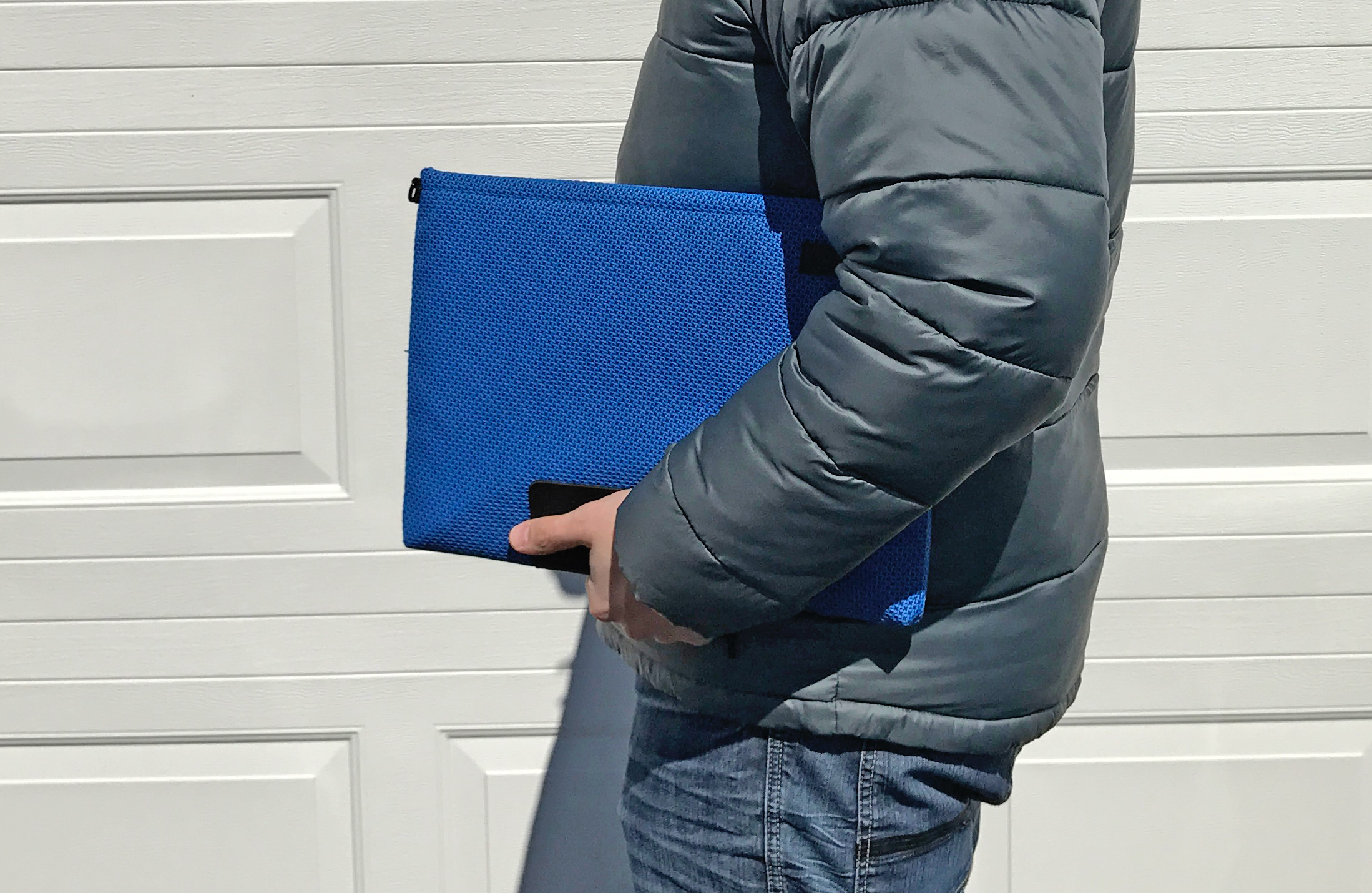 The Maxwell Sleeve holds the 2016 MacBook Pro perfectly.