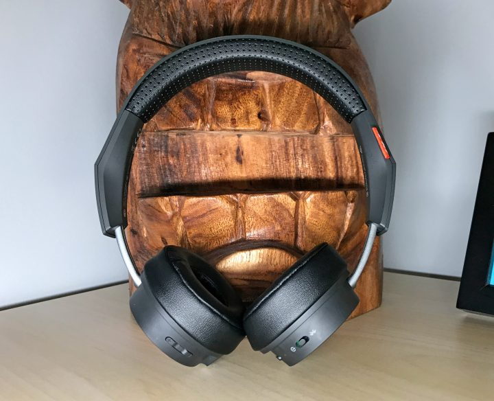The Backbeat 500 headphones are comfortable.