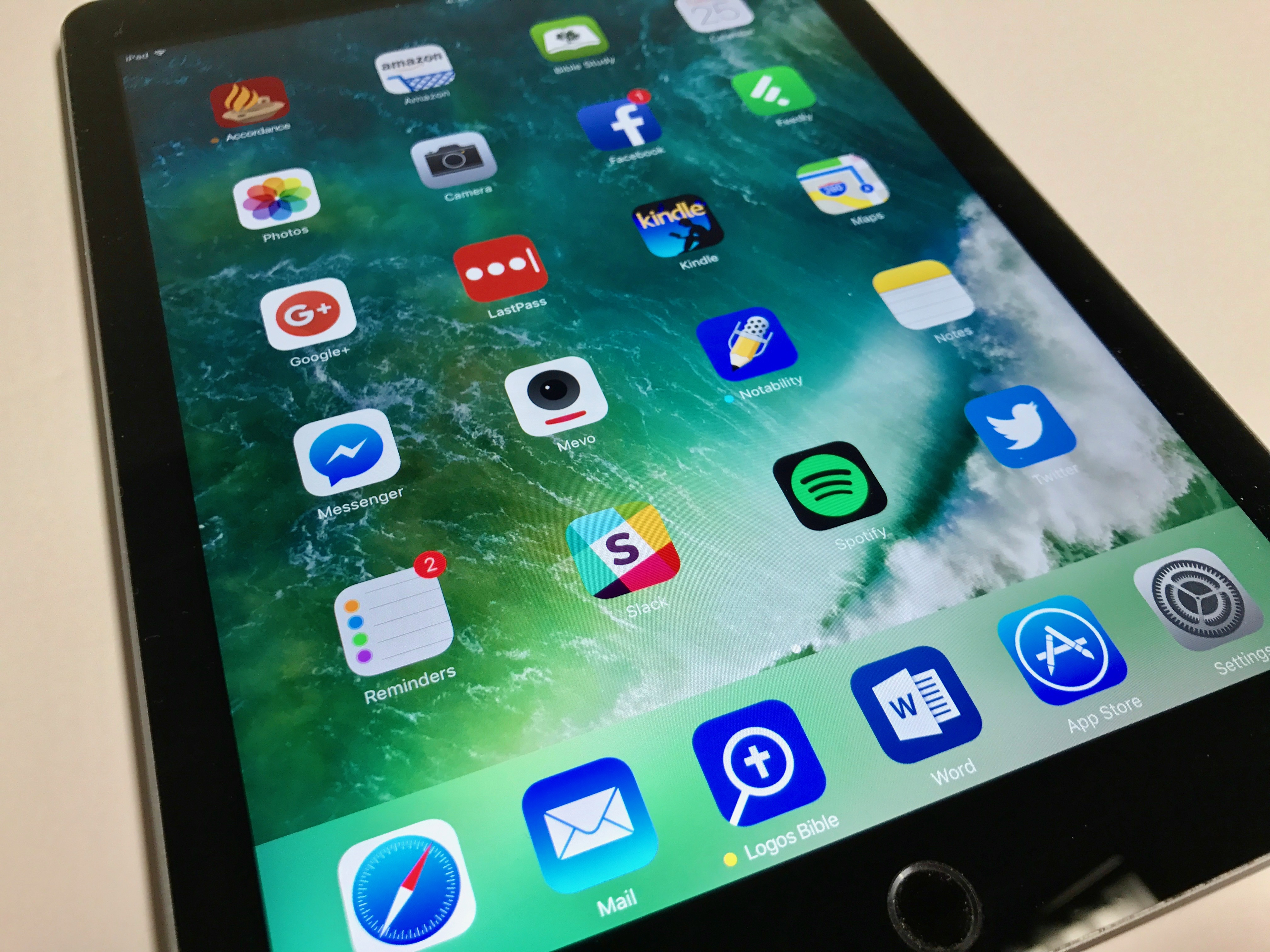 new 2017 ipad display