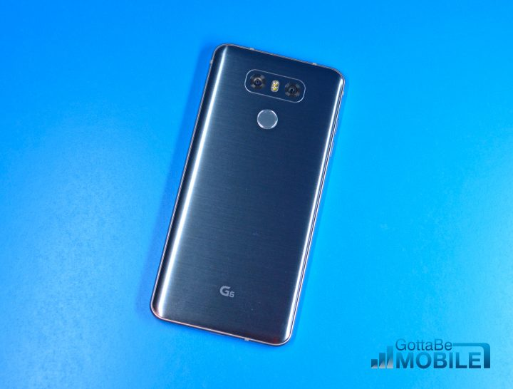 The LG G6 design is practical and a minimalistic beauty.