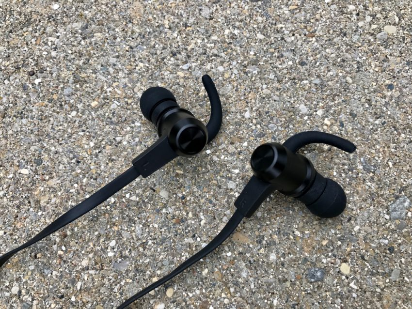 The VAVA MOOV 28 headphones sound great for the price.