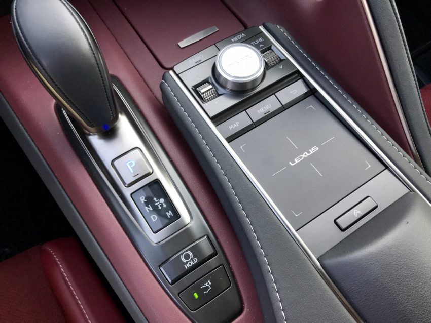 We're not fans of the controls for the infotainment system.
