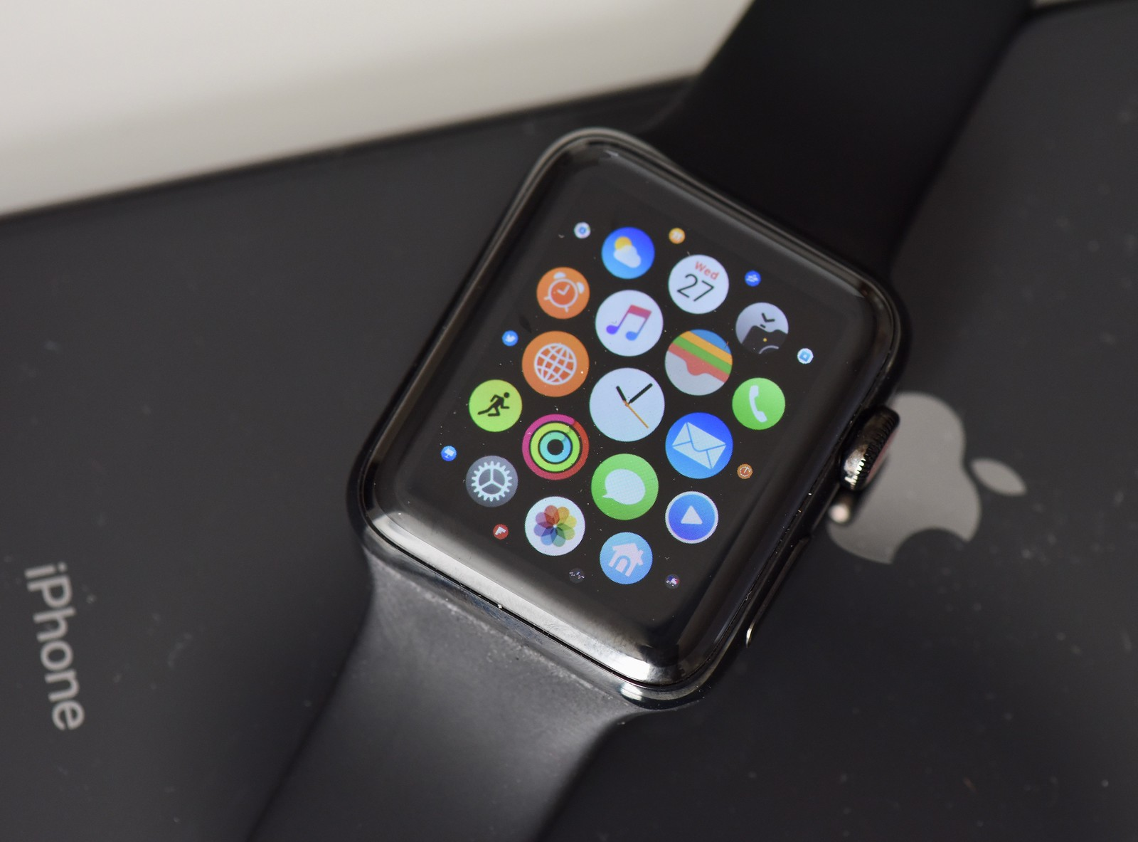 The best Apple Watch 3 Black Friday deal is live now.