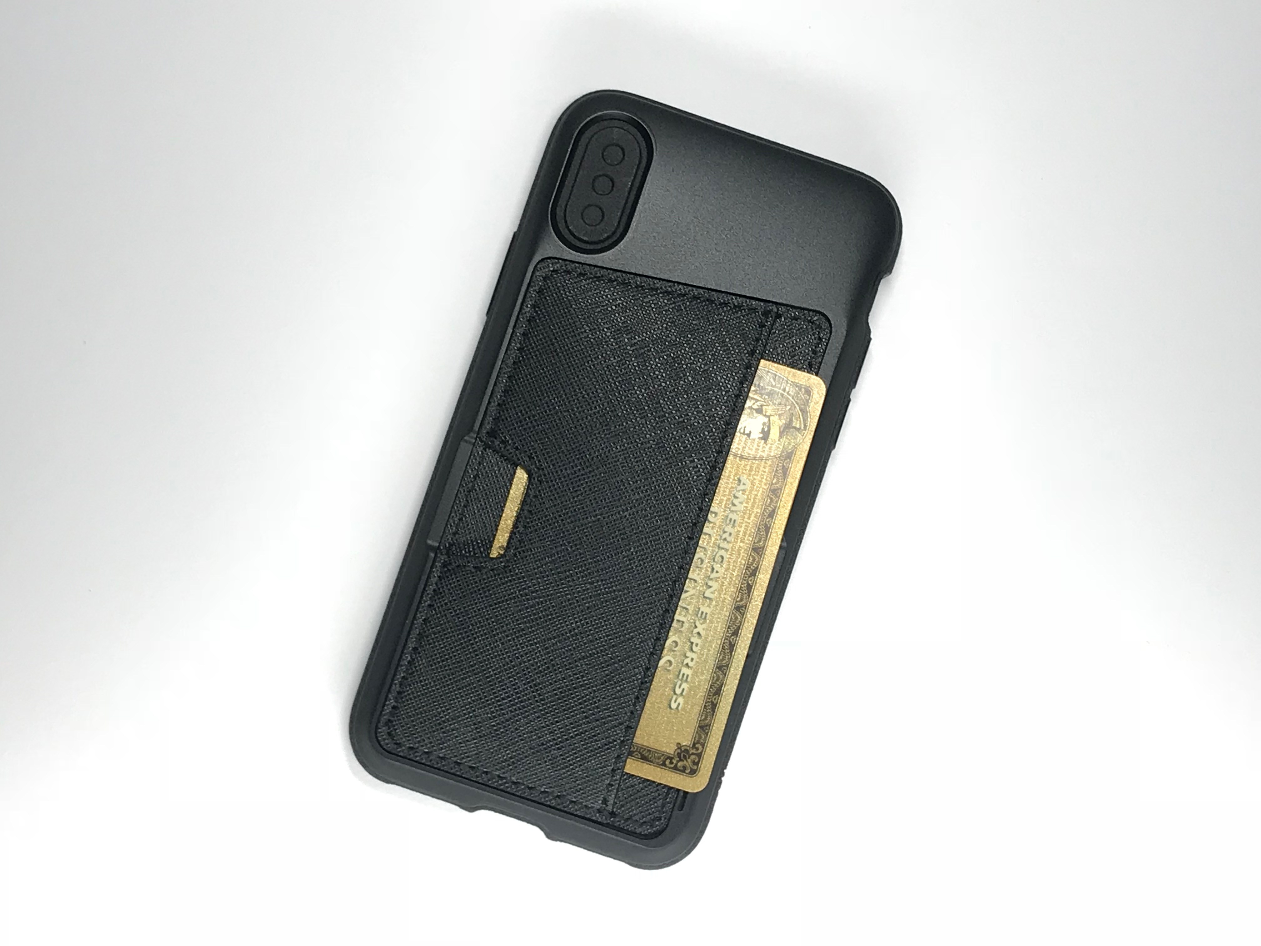 What you need to know about wirelessly charging the iPhone 8 or iPhone X with a wallet case.