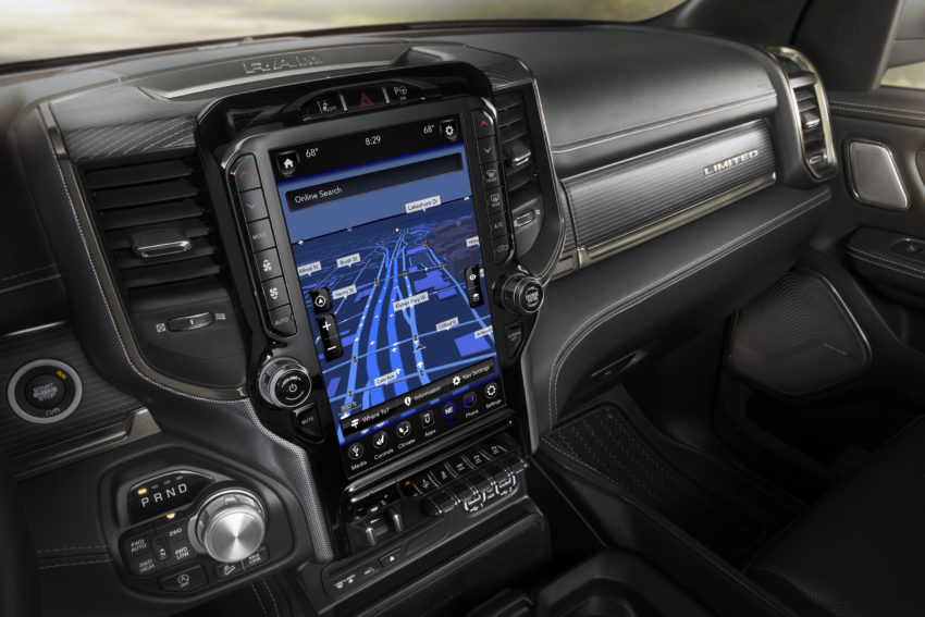 The 2019 Ram comes with a 12-inch Uconnect system you can customize and support for CarPlay & Android Auto.