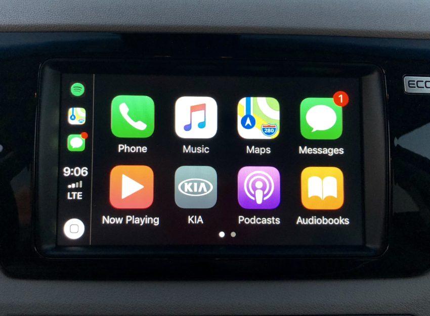Tap into Apple CarPlay or Android Auto in the Kia Niro.