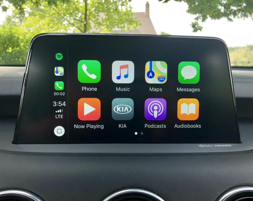 The Kia Stinger supports Apple CarPlay & Android Auto.