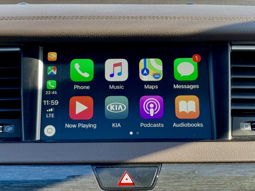 Apple CarPlay is one of the many tech features on the Cadenza.