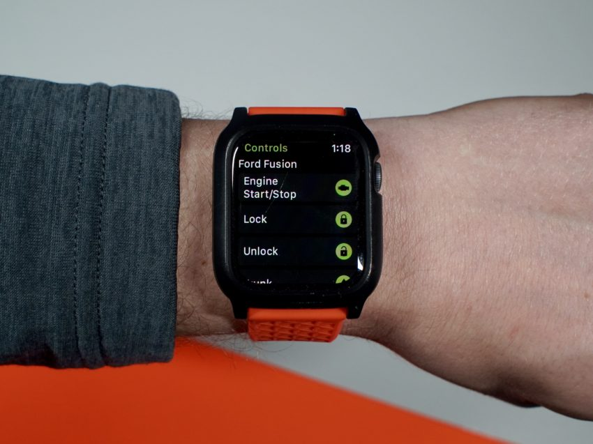 Control your car with your Apple Watch.