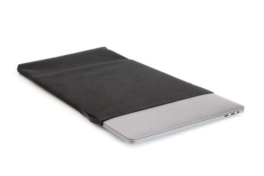 Super minimal MacBook Air protection