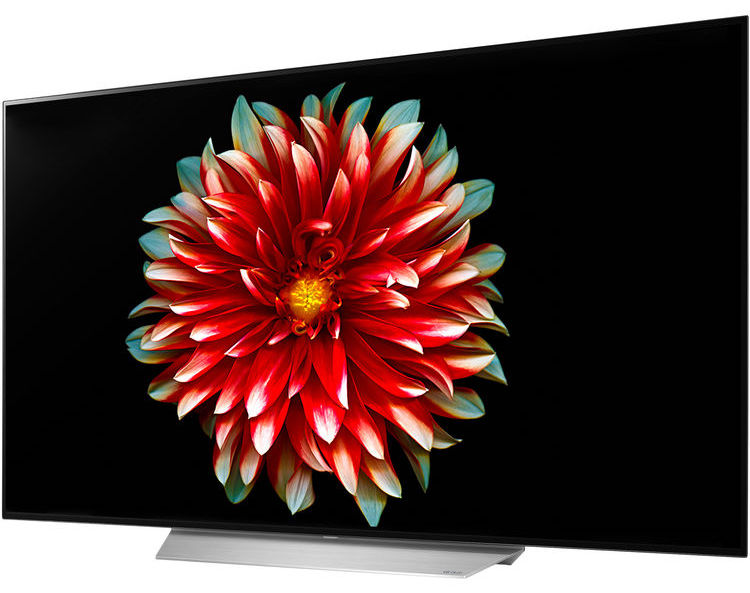 Save $2,000 with this LG OLED TV deal.