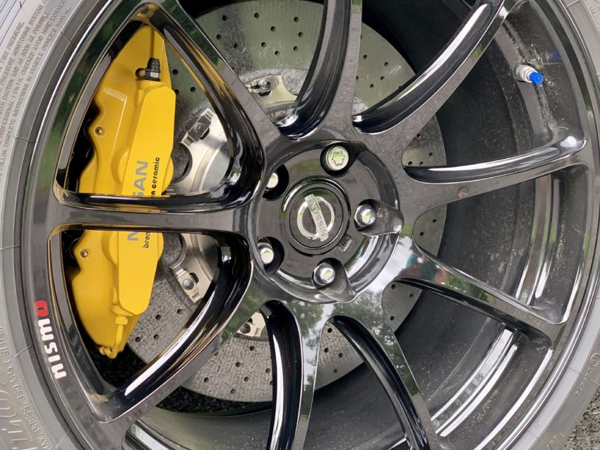 Exclusive, lighter nine-spoke wheels.