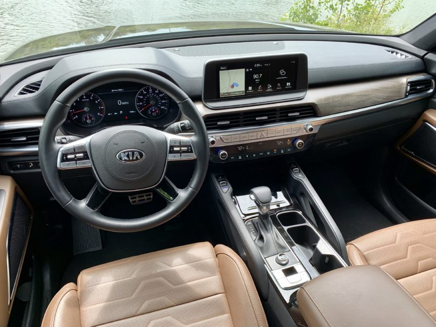 The interior is comfortable, luxurious and offers a lot of room.