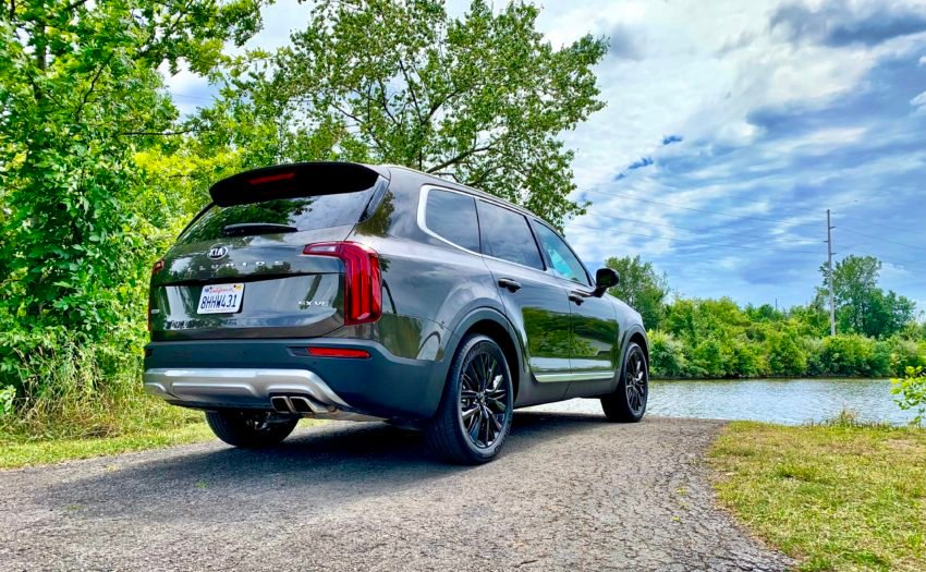 The 2020 Telluride comes with plenty of power and a good tow rating.