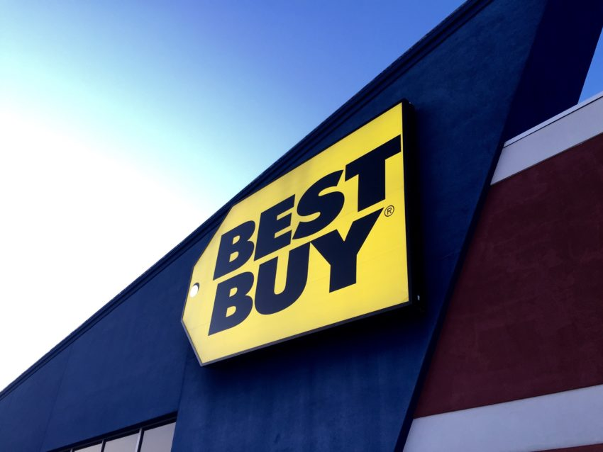 Get FIFA 20 early at Best Buy.