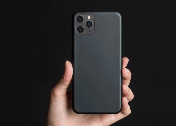 Peel's slim iPhone 11 Pro Max case leaves the buttons open andis very thin.