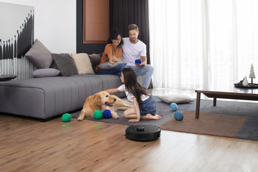 Kids, carpets and pets are no problem for the S5 Max's cleaning capabilities.