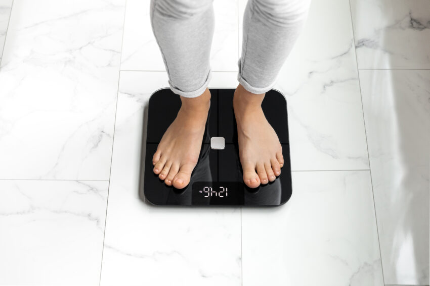 Affordable smart scale