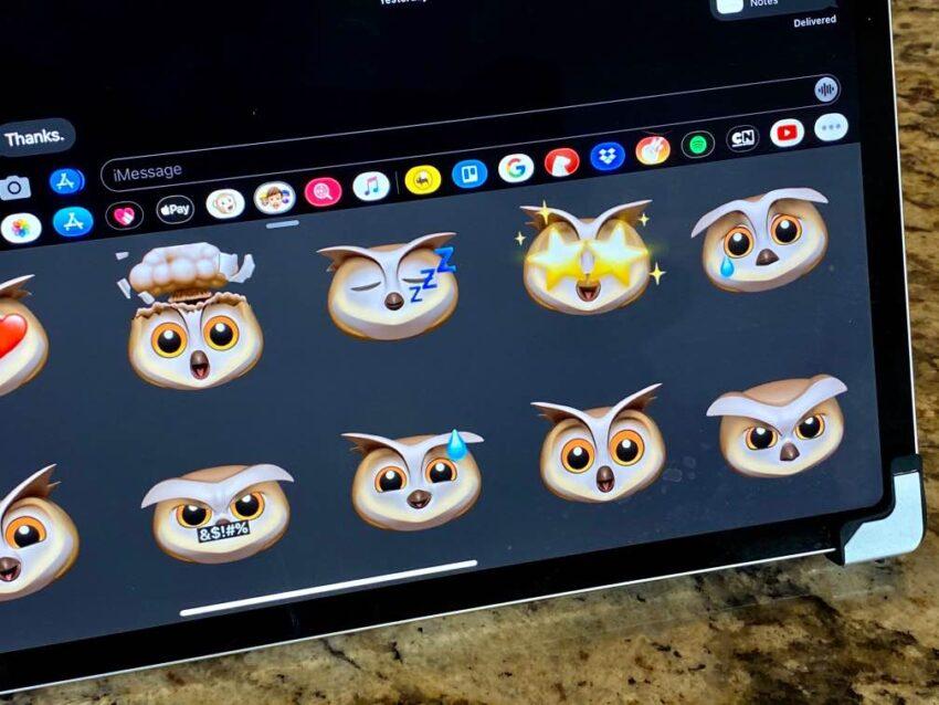 Install iPadOS 13.7 for New Memoji