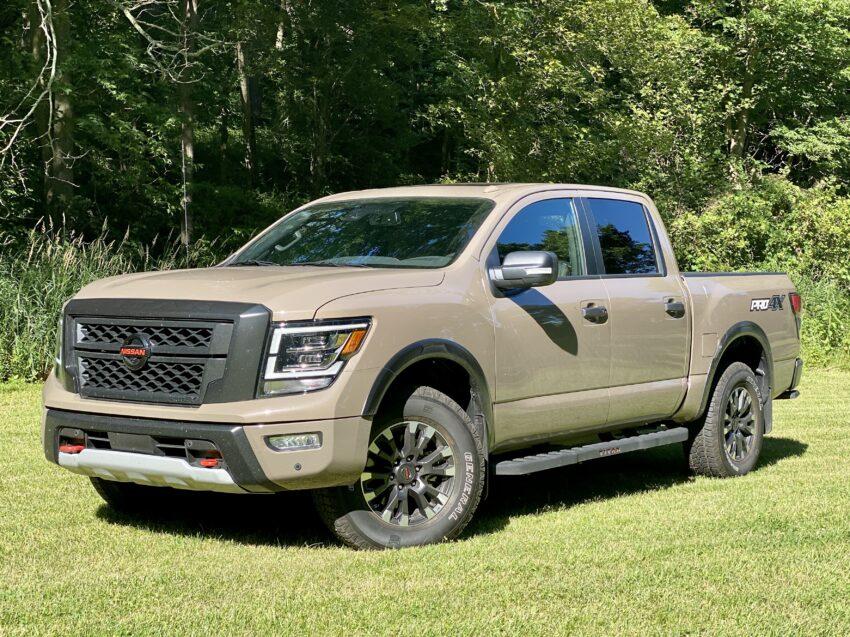 2020 Nissan Titan pickup truck