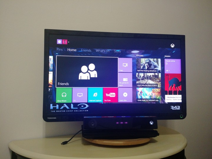 How to Connect an Xbox One to a Monitor or TV