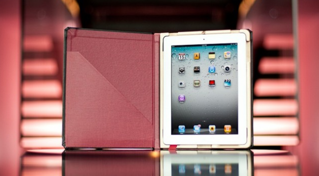 Octavo for iPad2 case with magnets