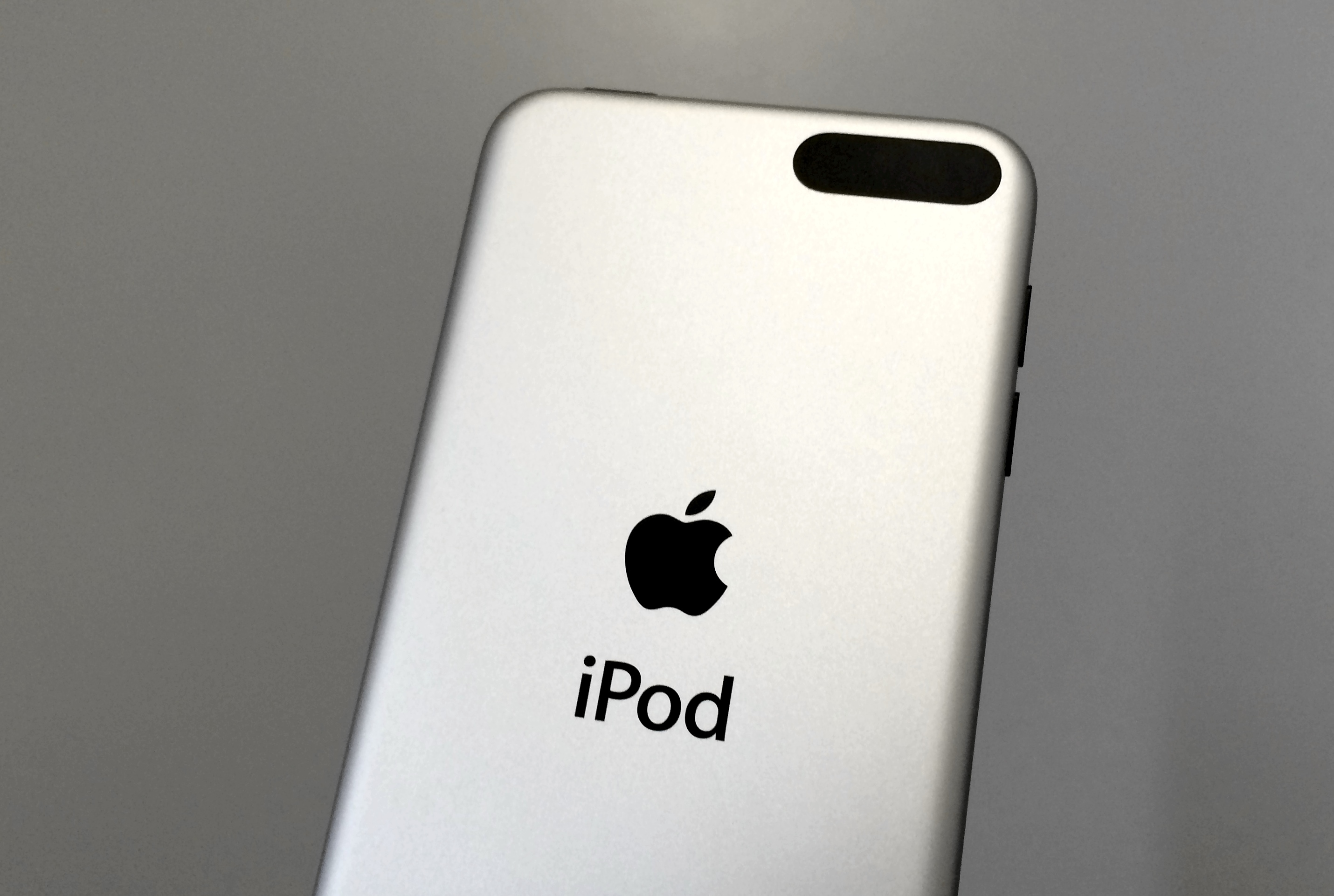 Overall the iOS 8.1.3 iPod touch performance is good.
